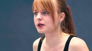 Baixar Michaela Hüge | Portrait | Tricast 1