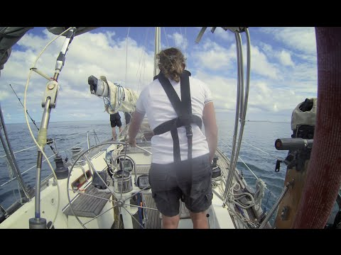 How to navigate through coral reefs - Yachting World Bluewater Sailing Series
