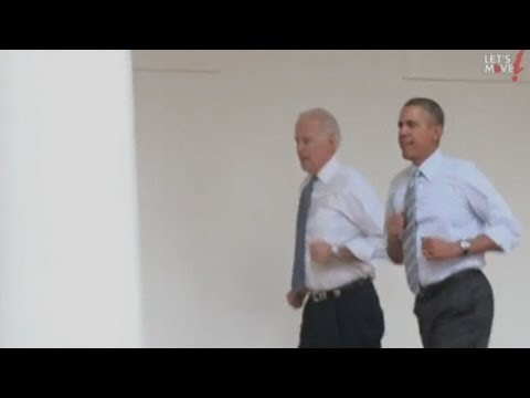 Generate Barack Obama and Joe Biden run round the White House Pictures