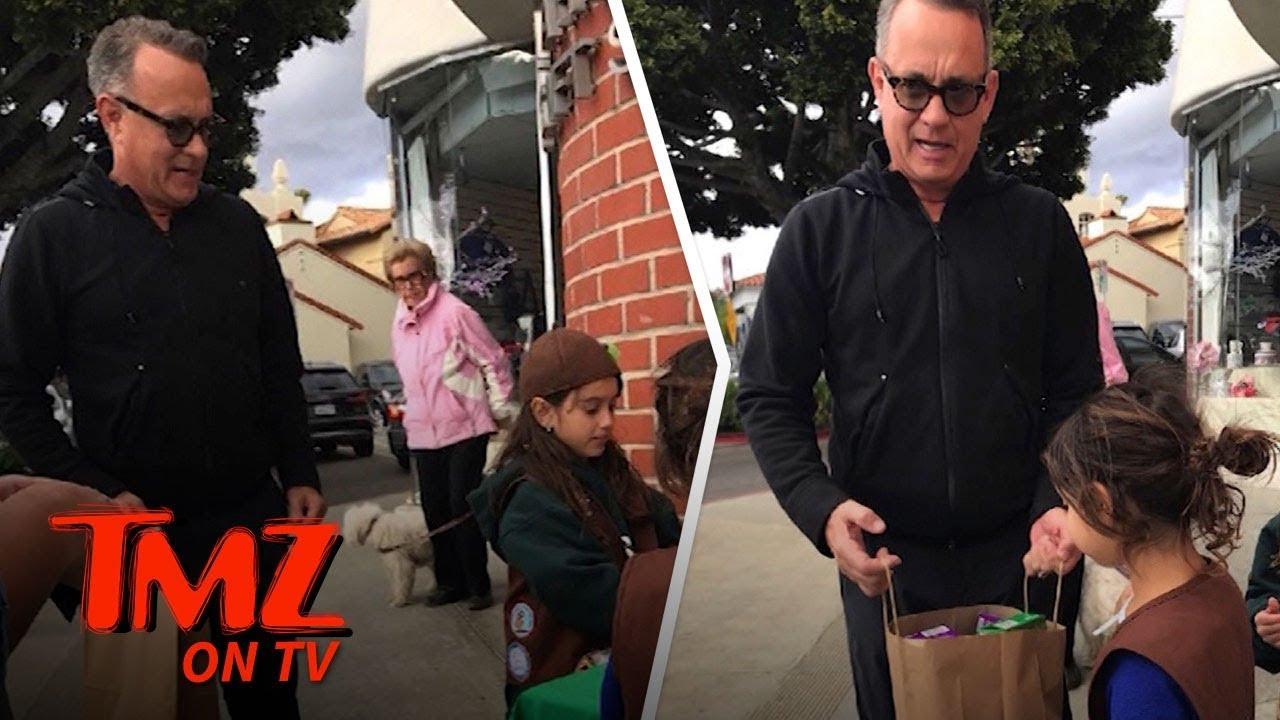 Tom Hanks Loads Up on Girl Scout Cookies