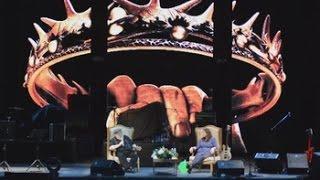 George R.R. Martin se encuentra en Guadalajara con sus seguidores mexicanos