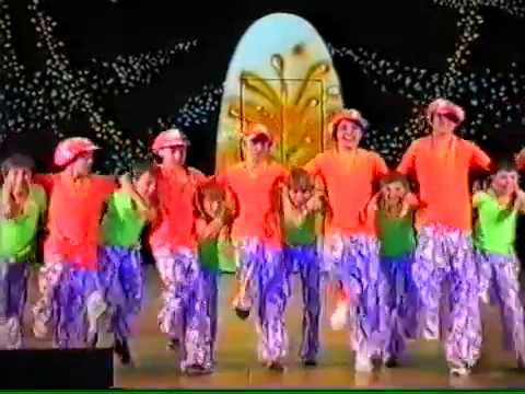 видео: Детский мюзик-холл Чингыли - В краю магнолий