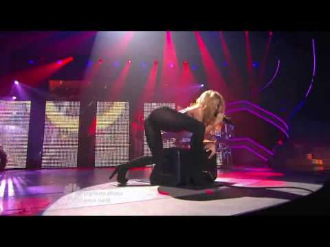 Shakira - She Wolf - America's Got Talent