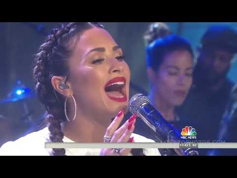 Demi Lovato - Tell Me You Love Me (Live on the TODAY Show) - October 5