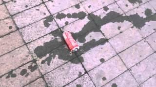 видео Банка-колонка Coca-Cola. Как это работает?