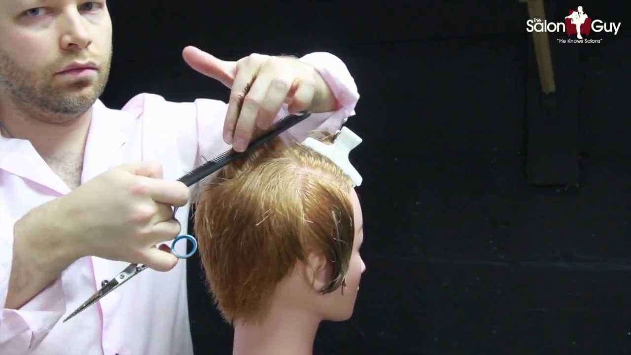 Bob haircut with graduation how to cut graduated bob haircut.