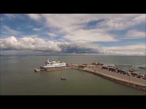 Parvlaev Regula Kuivastu sadamas