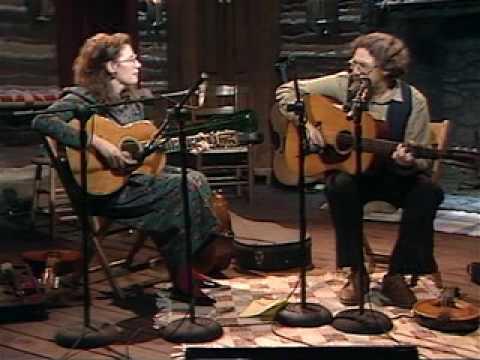 "Norman & Nancy Blake play ""Jordan Am A Hard Road To Travel"""