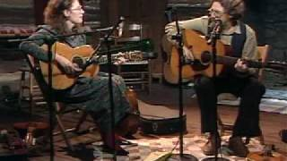 "Norman & Nancy Blake play ""Jordan Am A Hard Road To Travel"""