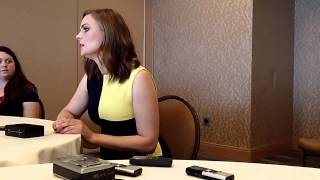 Interview With Emily Deschanel of Bones at Comic-Con 2014 Thumbnail