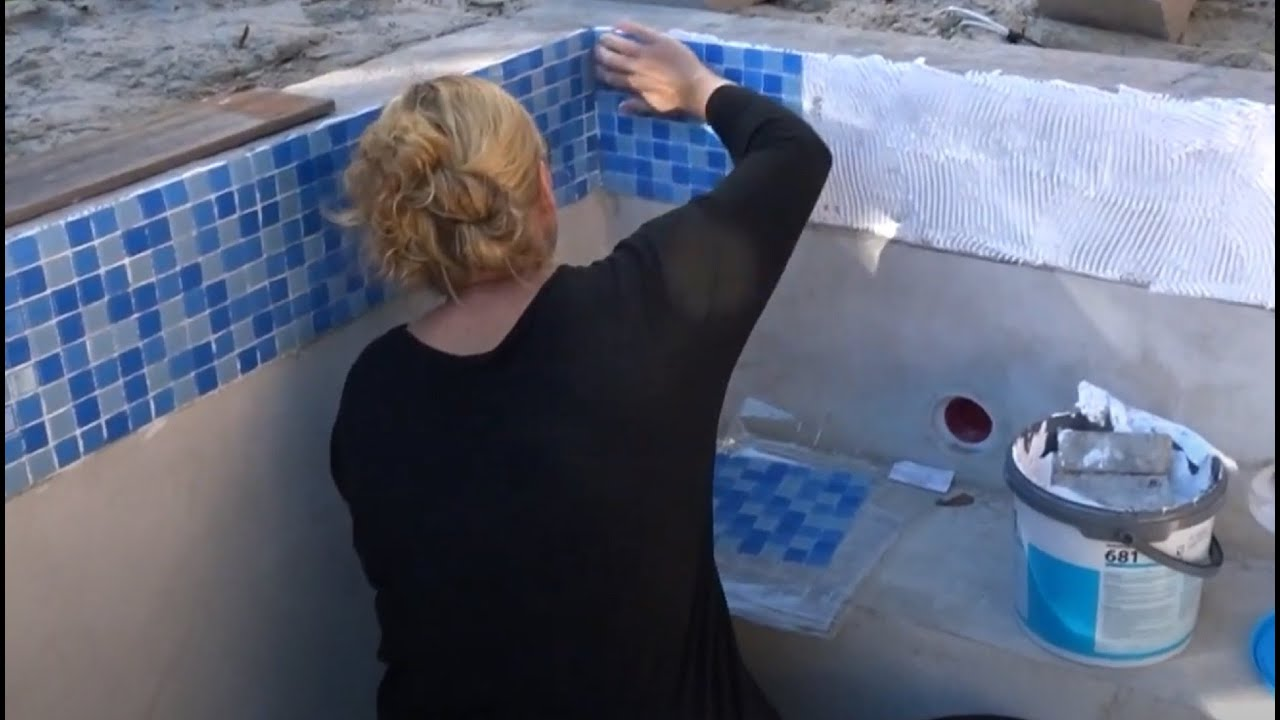 How to tile a swimming pool - DIY with Nicole - YouTube