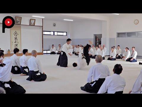 AIKIDO   合気道    Dojo master Mitsuteru Ueshiba's demonstration
