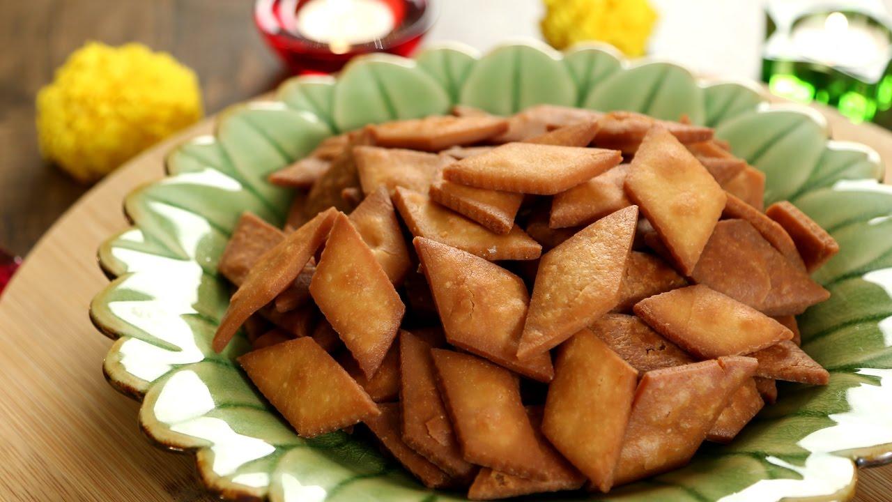 Shakarpara recipe sweet shakarpare shankarpali recipe diwali shakarpara recipe sweet shakarpare shankarpali recipe diwali special indian sweets varun youtube forumfinder Image collections