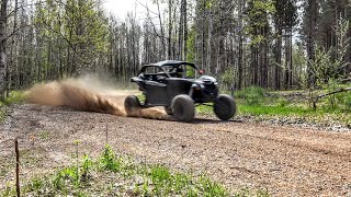 Maverick X3 Turbo goes 90 mph down Forest Trails!