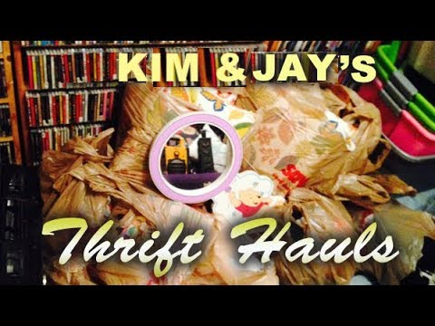 Thrifty Business Thrift Haul #52 Purses Denim Cookbooks & Vintage Nikes