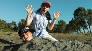 Guka and Maria had a Fun Day on the Beach! Playing with Sand and other Kids Toys
