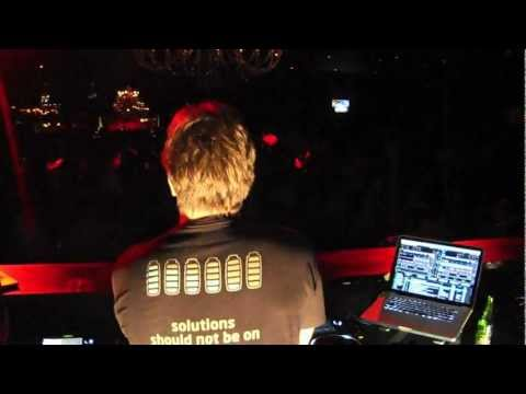 DJ Rodrigo Junqueira vs Rodrigo Paciornik at Royal Club