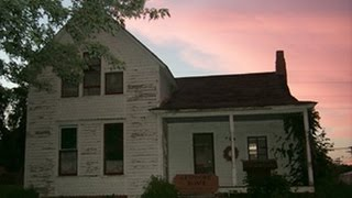Real Paranormal Sightings Caught on Tape Villisca Axe Murders House Documentary