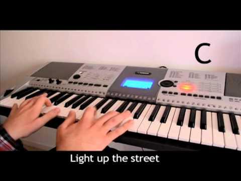 Play It Yourself: Christmas Lights - Coldplay