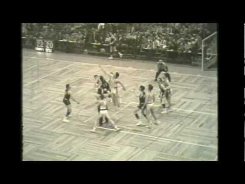 Bangor High School Maine vs Burlington High School Vermont 1955 Boston Garden short clip.mp4