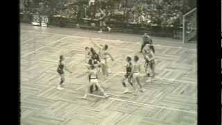Bangor High School Maine vs Burlington High School Vermont 1955 Boston Garden short clip.mp4