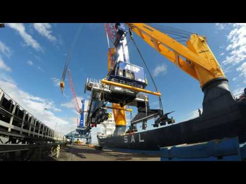 Humber International Terminal - Gottwald Crane Discharge