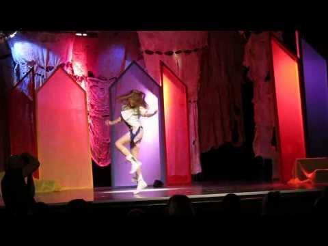 GOŁDAP. Mini Playback Show w Domu kultury