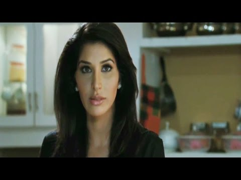 Scene from the movie   Aa Dekhen Zara
