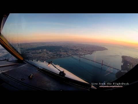 Lisbon landing at sunrise, Pilot's view