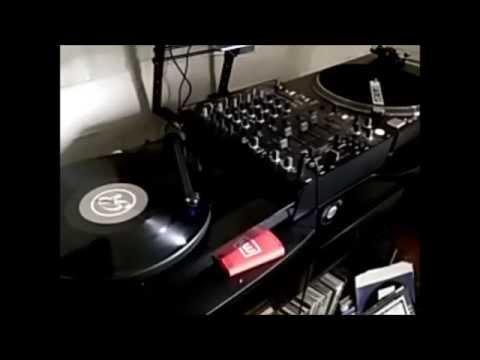 Classic House Mix on Vinyl - Old Skool 1990's / 2000's