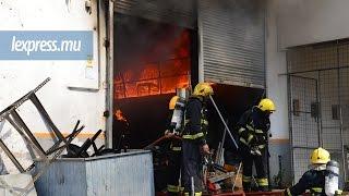 A Pailles: un entrepôt loué par l'ambassade des États-Unis prend feu