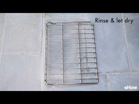 How to Clean Oven Racks