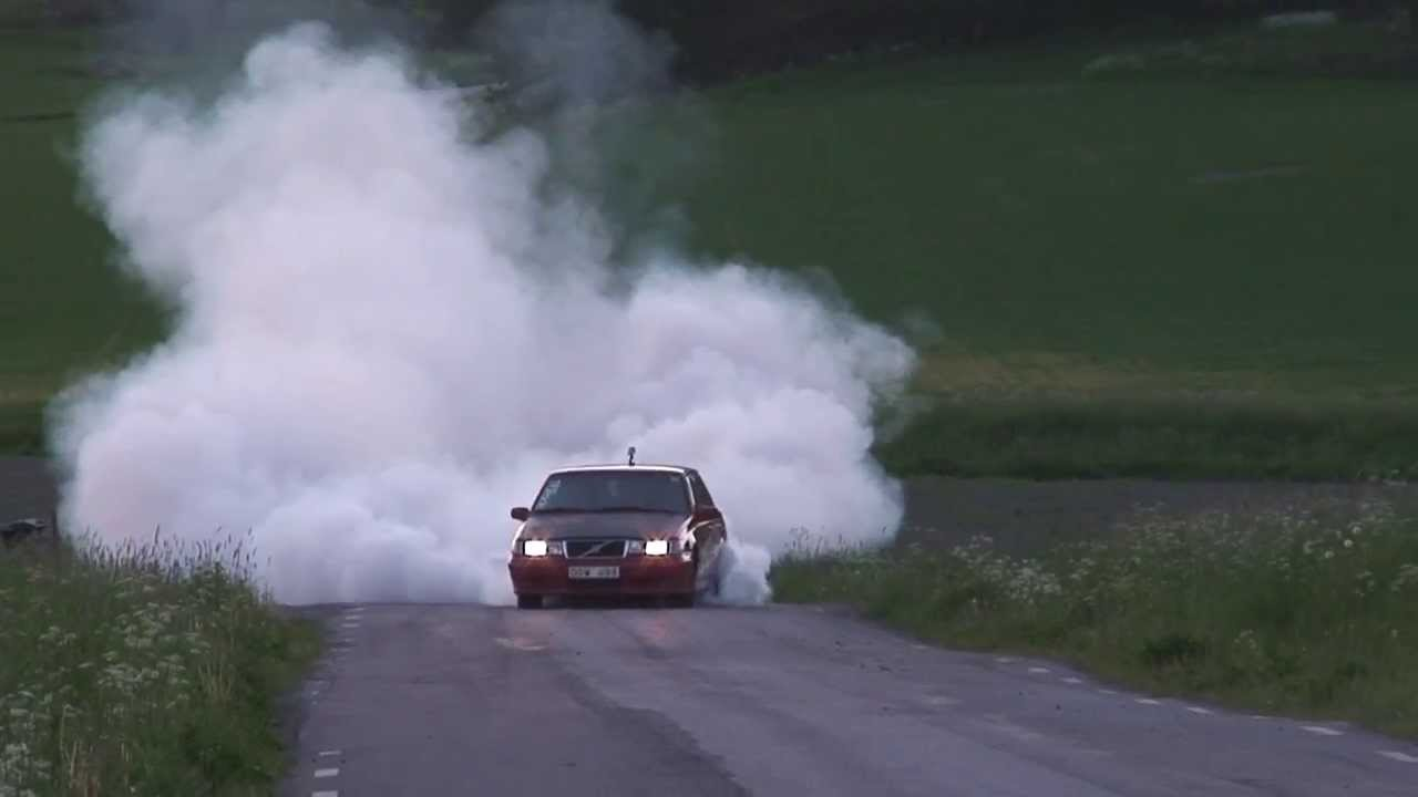 Volvo 740 T5 500whp burnout - YouTube