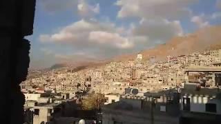 ميليشيا حزب الله تقصف بلدة مضايا المحاصرة