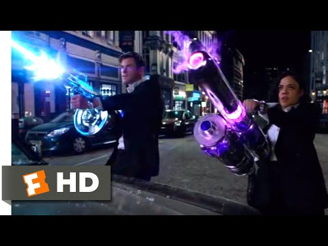 Men in Black: International (2019) - Alien Shootout Scene (3/10) | Movieclips