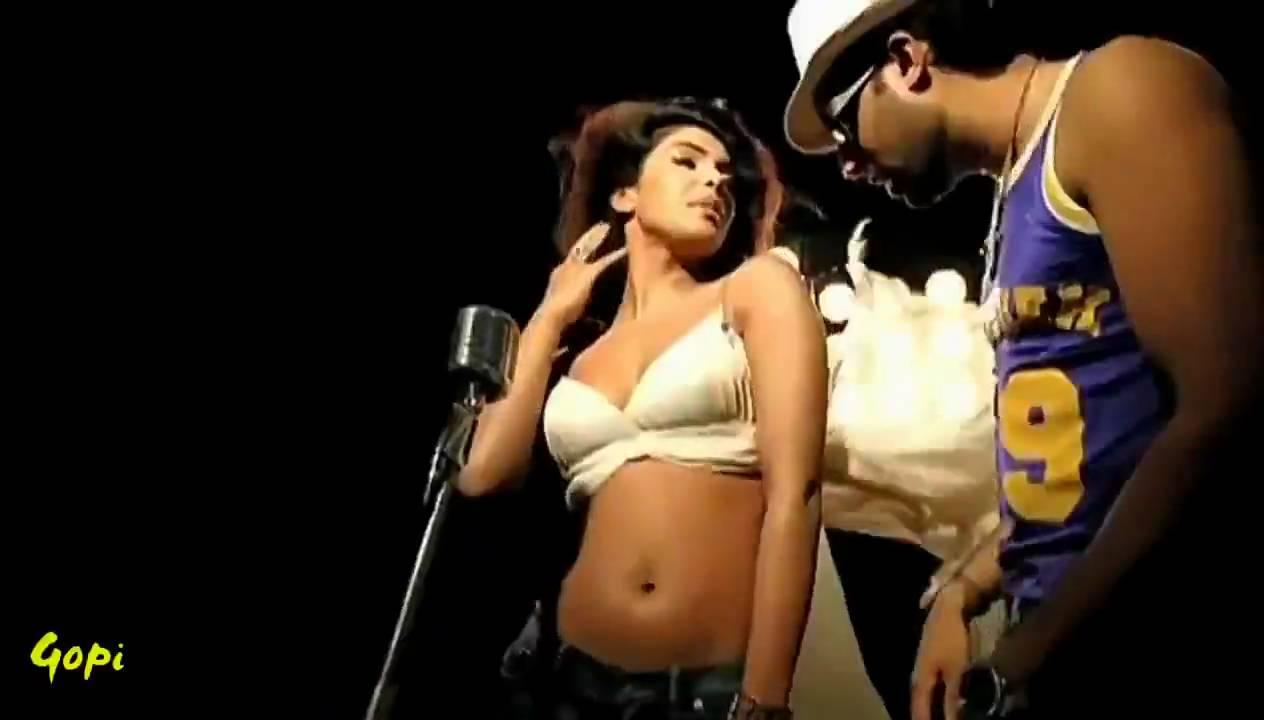 Abhishek Bachchan  Priyanka Chopra - Bluffmaster Hd -2681