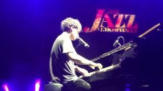 "Jamie Cullum ""Take Me Out (Of Myself)"" @ Jazz à l'Hospitalet (Live in Narbonne)"