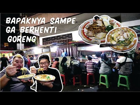 masaknya-pake-hati-pantesan-ga-pernah-sepi-sejak-1952-!!!???-feat.-awirachma---kuliner-surabaya