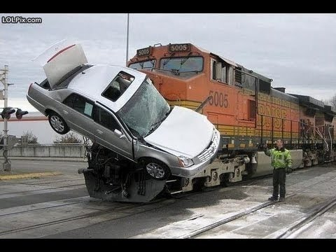 Most shocking Accident 2016 (Must Watch)