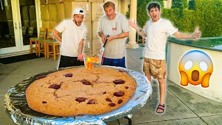 We Made the WORLD'S BIGGEST COOKIE!! Ft. Faze Rug & Brawadis