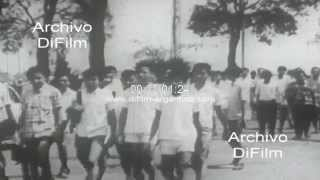 DiFilm - Students opposed to President Sukarno in Jakarta 1966