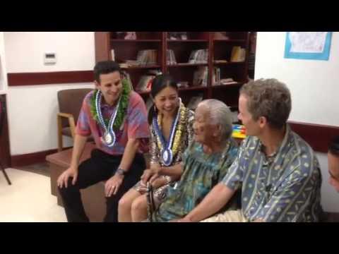 Senator Schatz Visits Kokua Kalihi Valley Comprehensive Family Services In Honolulu