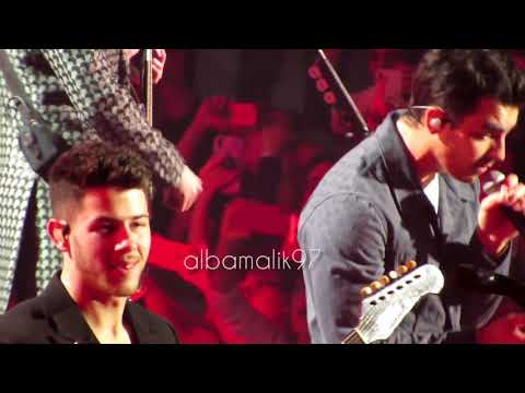 Jonas Brothers - S. O. S. - Madrid