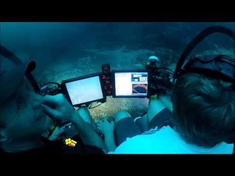 Beautiful Small Personal Submarine Underwater Video by SEAmagine