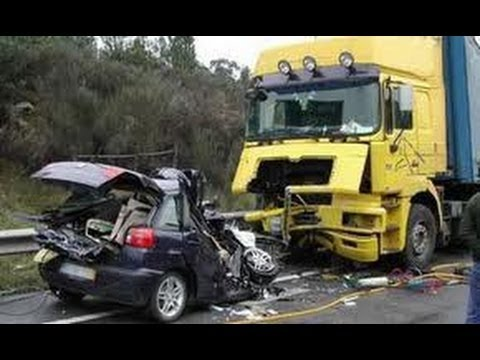 horrible car accident compilation 2013