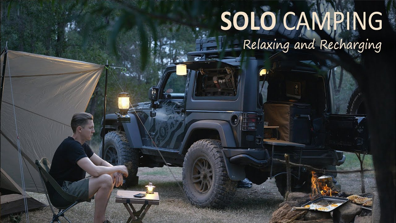 Download SOLO CAR CAMPING with a GADGET JEEP Wrangler [ cosy night, campfire food, bushcraft, asmr ] SoC Ep21