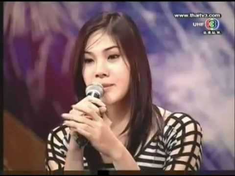 """Transgender at """"Thailand's Got Talent"""" surprises the audience! - Transexual cantora surpreende! thumbnail"""