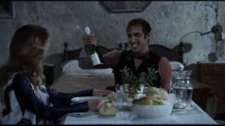Scena dal film Yuppi du con Adriano Celentano