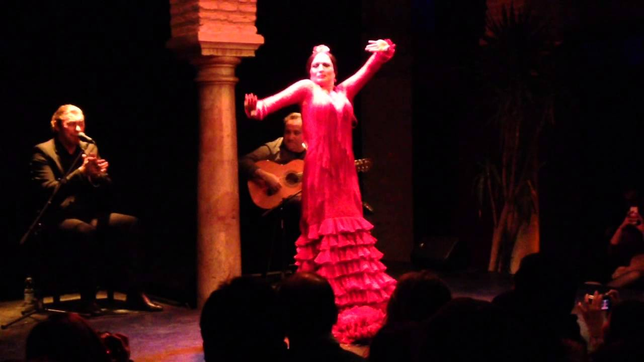 Museo del baile flamenco seville spain jan 2015 3 for Espectaculo flamenco seville sevilla