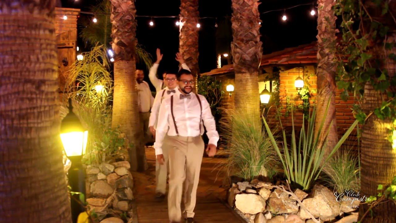 Jardin club campestre tecate ashley y hugo youtube for Jardin valge tijuana